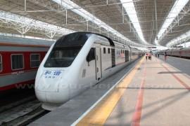 从北京市区如何坐火车去八达岭长城?